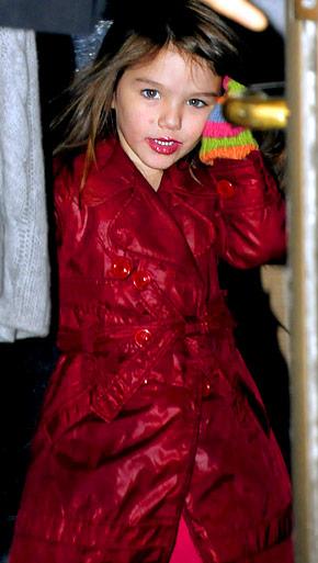Suri Cruise wearing lipstick