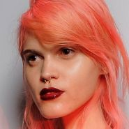 blorange-coral-color-hair