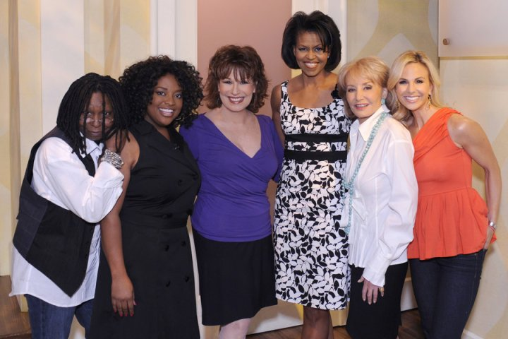 michelle-obama-theview-white-house-black-market-dress